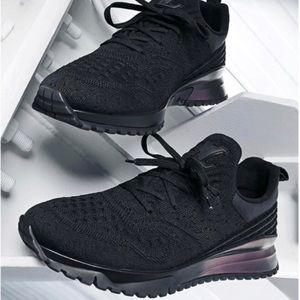 0bcc183aa29 LV V.N.R Sneakers